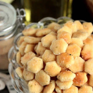 Ranch Seasoned Oyster Crackers.
