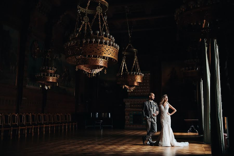 Wedding photographer Denis Zuev (deniszuev). Photo of 11.03.2019
