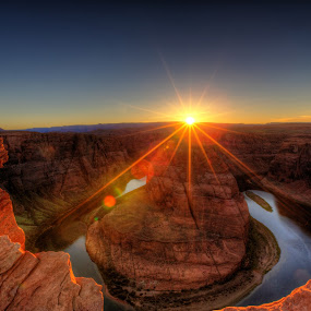 Horseshoe Bend Sunset by Dave Files - Travel Locations Landmarks ( colorado river, az, desert, sunset, horseshoe bend, landscape, digital, river,  )
