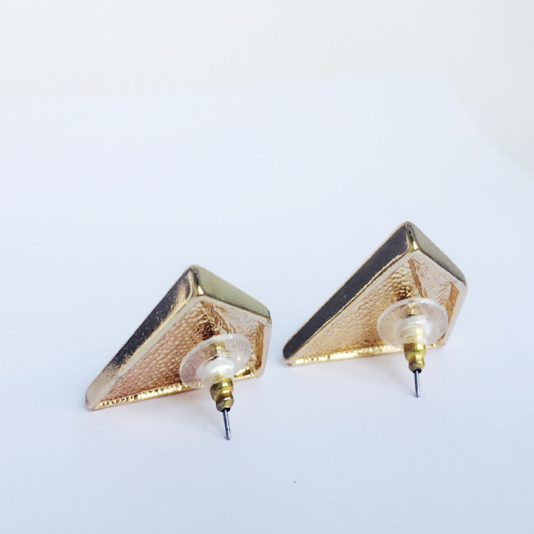 E001 - B. Rococo Individualist Earrings