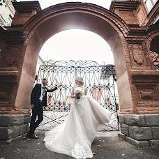 Wedding photographer Pavel Dmitriev (PavelDmitriev). Photo of 10.12.2017