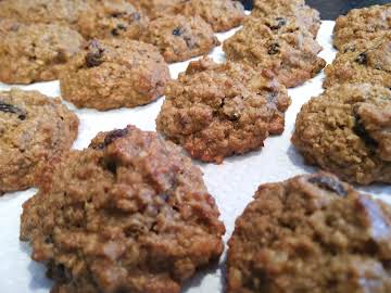 """You Need To Sell These"" GF Oatmeal Raisin Cookies"