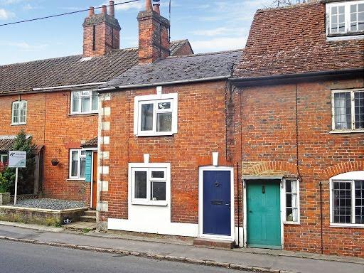 High Street, Potterne
