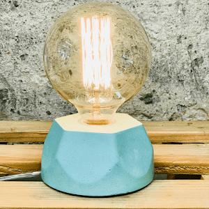 lampe en bétonvert d'eau design héxagone création  fait-main en atelier français par la créatrice Junny