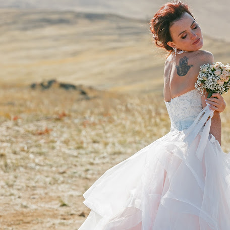 Wedding photographer Mikhail Zykov (22-19). Photo of 22.02.2018