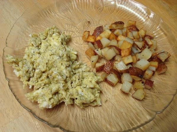 Dilly Scrambled Eggs Recipe