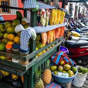 Fruits for sale by Luis Albanes - Food & Drink Fruits & Vegetables ( fruits, antigua, street, guatemala, food )