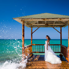 Wedding photographer Aleksandr Khadzhi (fijias). Photo of 10.08.2013