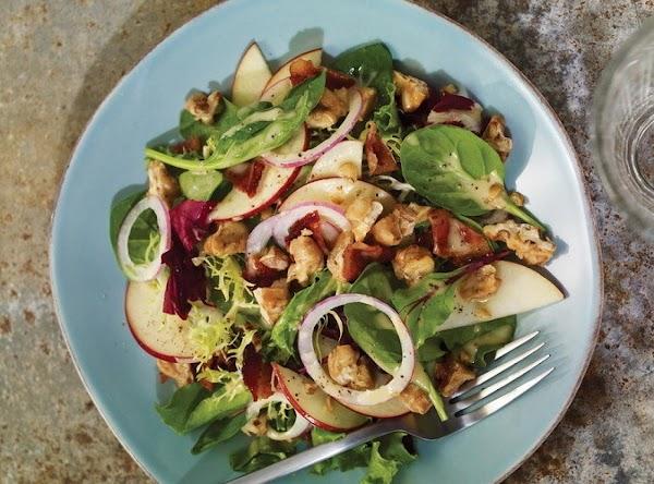 Apple, Walnut, And Bacon Green Salad Recipe