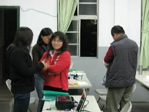 Photo: 20110331把玩藍色-植物藍染技藝002