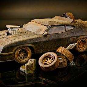Interceptor Replica by Ewan Arnolda - Artistic Objects Toys ( photos, replicas, collectibles, creative, tv, toys, tyres, movie, fun, diorama, photography )