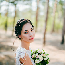 Wedding photographer Arina Morozova (arina-pov). Photo of 29.08.2017
