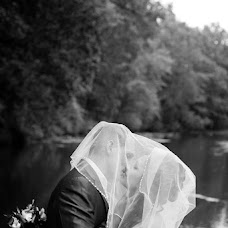 Wedding photographer Viktor Parfenov (Parfionov). Photo of 18.02.2014