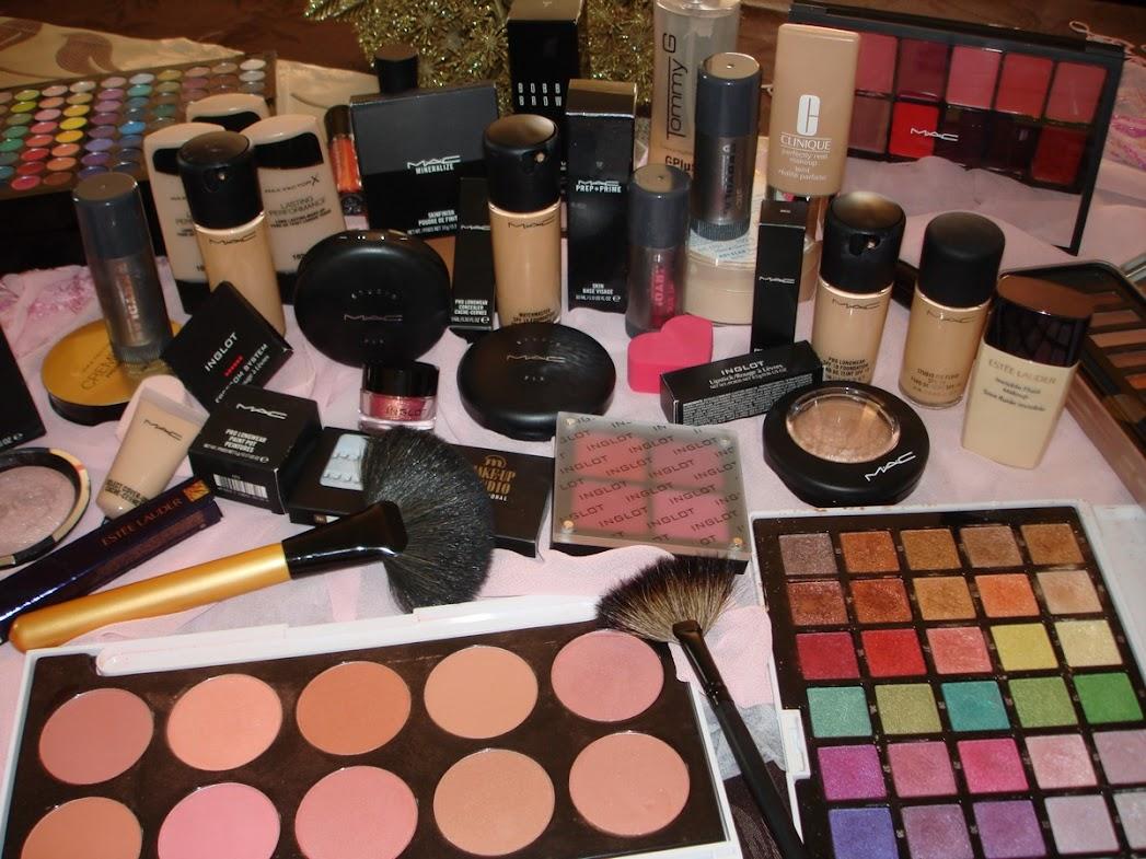 Ντίνα Ανδρεούλα, Make Up Artist | Νυφικό, Βραδινό & Φυσικό Μακιγιάζ | Ειδικές Προσφορές για Μακιγιάζ Νύφης, Βραδινό Μακιγιάζ & Tips για το Μακιγιάζ σας