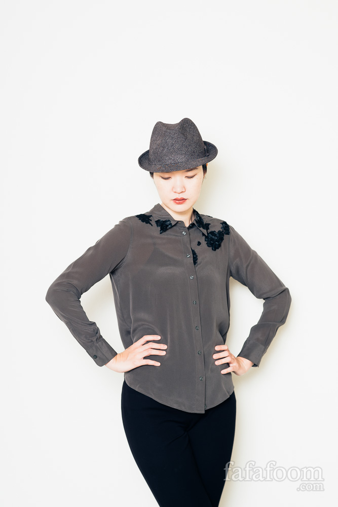 Result: DIY Lace Appliqués on Blouse - DIY Fashion Garments | fafafoom.com