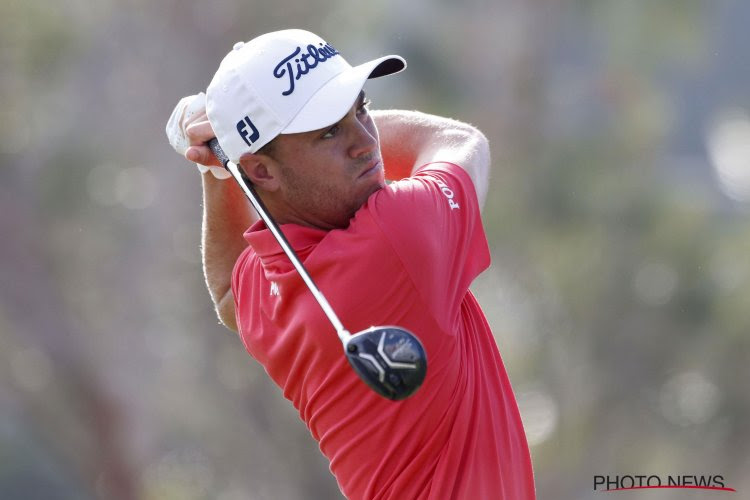 Tiger Woods passe le cut, Justin Thomas et Adam Scott en tête au Genesis Open