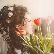 Wedding photographer Yuliya Vostrikova (Ulislavna). Photo of 25.04.2014