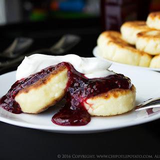 Sirniki Syrniki Russian Cheese Pancakes