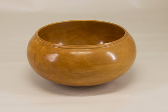 "Photo: Margaret Follas 7"" x 3"" bowl [cherry]"