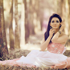 The Damsel by Angga Photology - People Fashion ( glamour, fashion, infrared, falsecolor, beauty, conceptual )