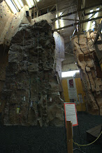Photo: 美國明尼蘇達 Dulth市區的岩場