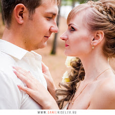 Wedding photographer Danil Kiselev (Kiselev). Photo of 27.11.2014