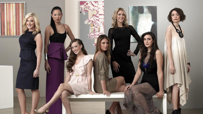 Watch Gallery Girls live