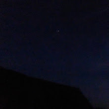 Photo: Die ISS über dem Stadl – oder dem Sam? In rund sechs Minuten ist sie vorbei, schnell und hell. Termine: http://iss.de.astroviewer.net/beobachtung.php?lon=11.354758199999992&lat=46.4982953&name=Bozen