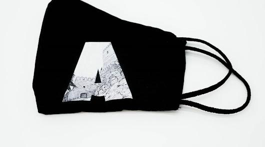 La Alcazaba, hecha mascarilla: lo último de una diseñadora almeriense