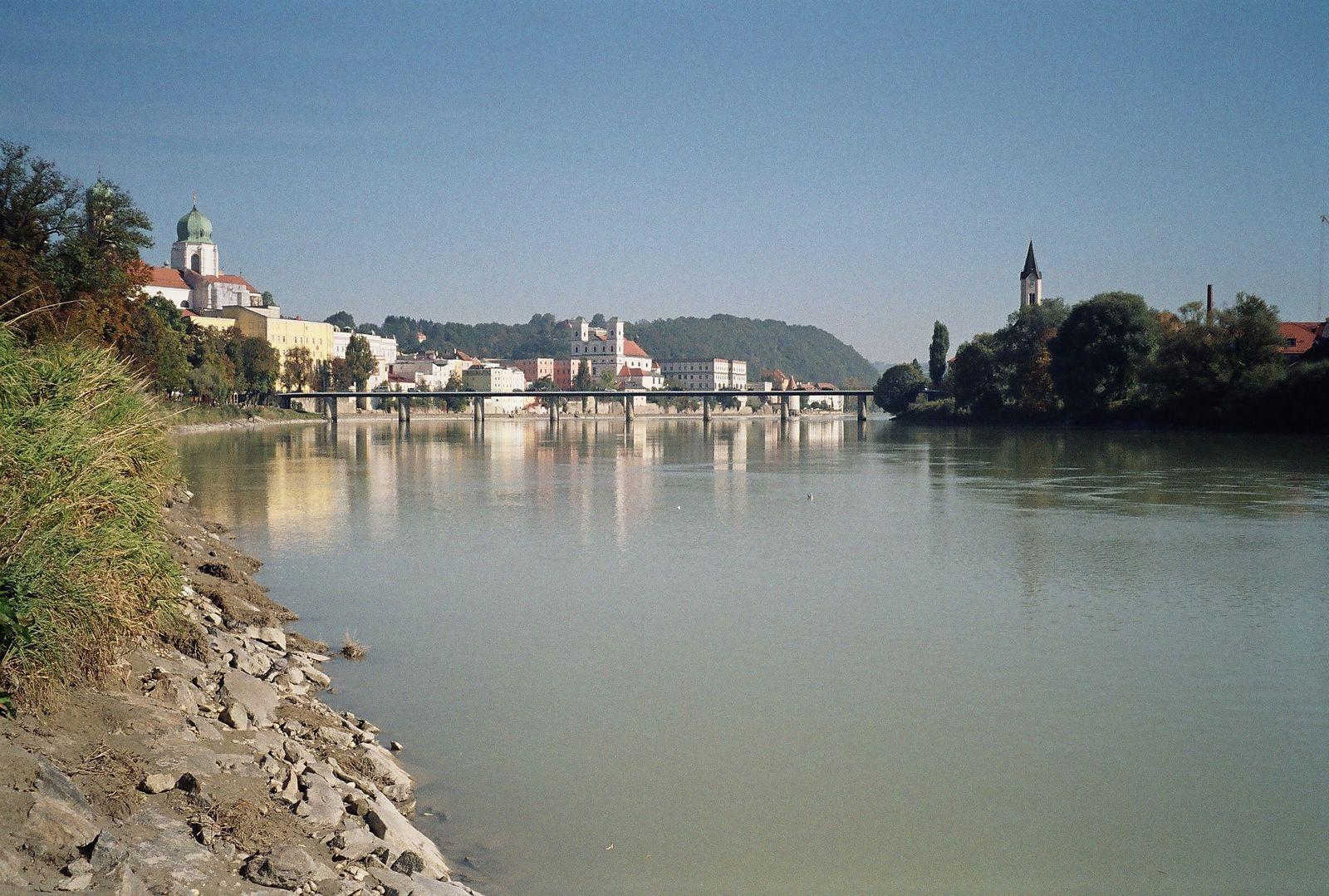 Photo: River Donau, Passau