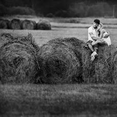 Wedding photographer Mikhail Lezhnev (mihail96). Photo of 28.09.2015