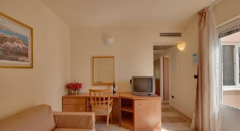Apartments Amarin
