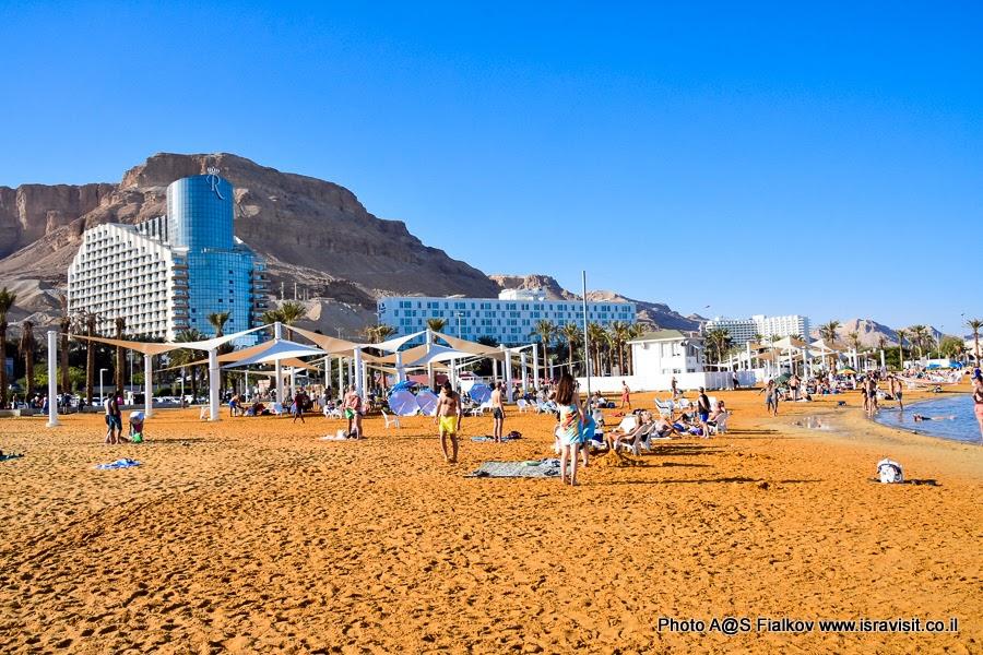 Пляж Эйн-Бокек. Мертвое море. Экскурсия в Израиле.