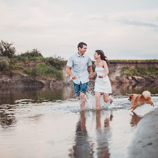 Wedding photographer Anastasiya Koneva (deadmiracle). Photo of 29.08.2016