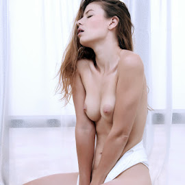 Feelings by ObjeKtiva Artphoto - Nudes & Boudoir Artistic Nude ( ukrainian, sensual, expression, woman, mood, sexy, teasing, hong kong, artistic, hot, barebreasts, hotness, young woman, viktoriia aliko, boudoir, artnude, china, topless, sensuality, model, nude, feelings, kiev, nudeart )
