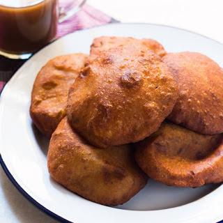 Mangalore Buns Recipe (Mangalore Style Puffed Banana Puris)