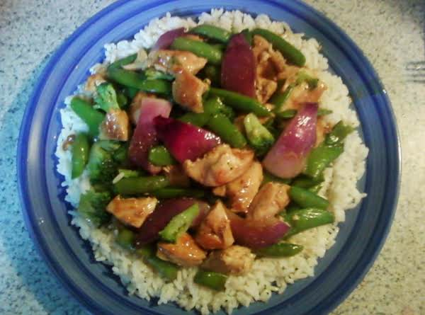 Amazing Stir Fry Chicken! Low In Calories, Full Of Flavor While Being Very Healthy!