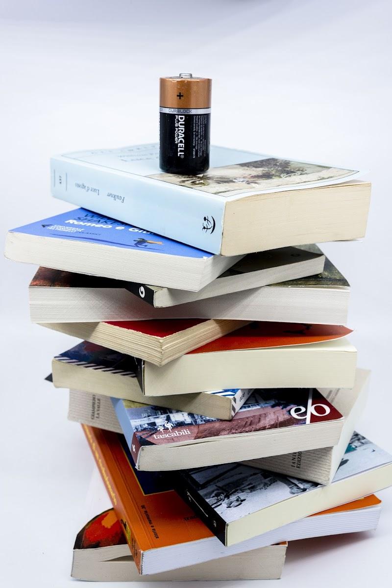 Pila di libri di F.O.