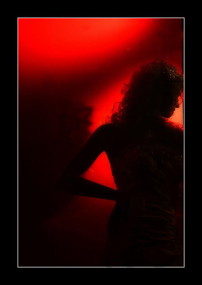 Red Woman di Giovanni Coccoli