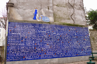 Photo: le mur des Je t'aime Square Jehan Ricrus