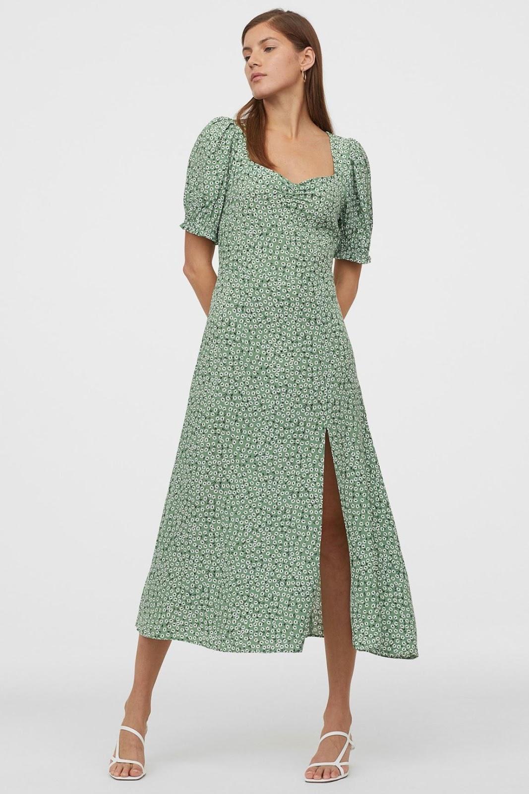 Imagen que contiene ropa, persona, mujer, verde  Descripción generada automáticamente