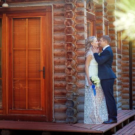 Wedding photographer Yuliya Rubleva (Sonyaart). Photo of 27.11.2014