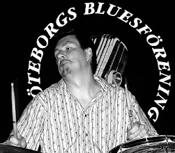 Photo: nr 2 2004 Sture Elldin Bluesband 040701 Villa Belparc Göteborg Bluesparty Göteborg