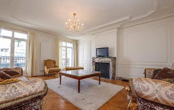 Trocadero apartments living room