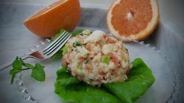 In large bowl, gently toss rice, shrimp, grapefruit, corn, celery, scallion and mint; set...