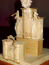 Photo: ... do lesene makete - ... bis zum Modell aus Holz - ... to the wooden model