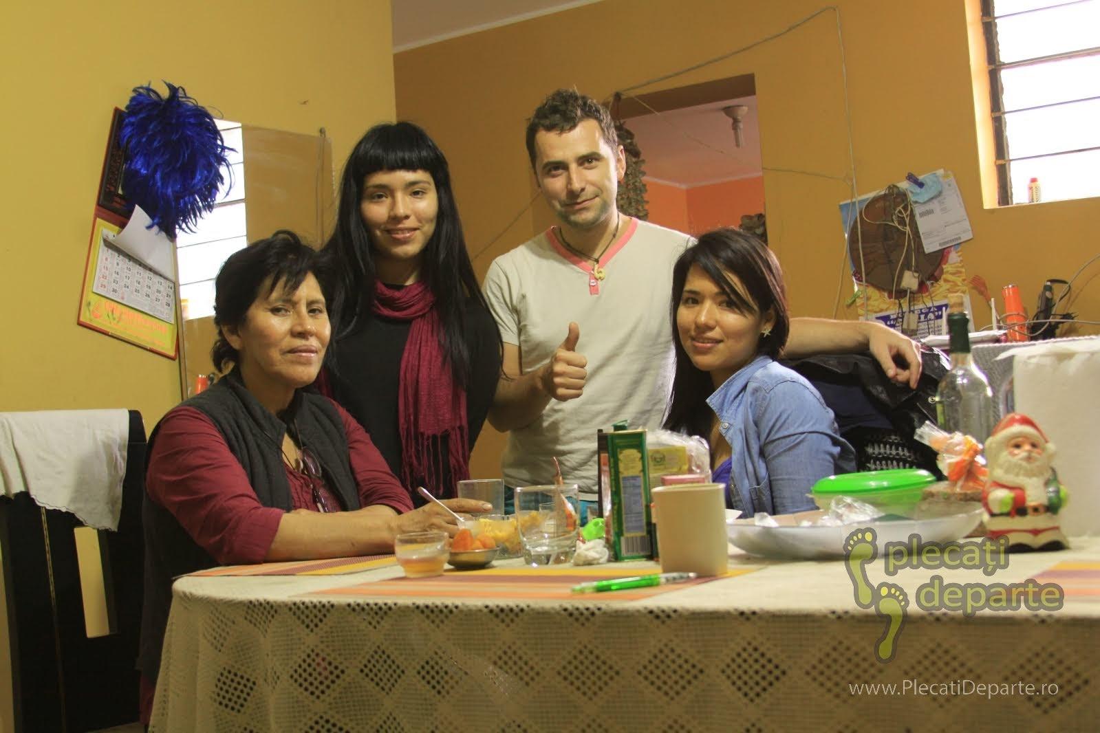 am luat masa in familie, in cartierul San Juan de Lurigancho, Lima, Peru