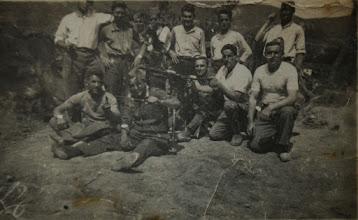 Photo: En la Guerra Civil. Proveedor: Oscar Bezares. Año: 1938.