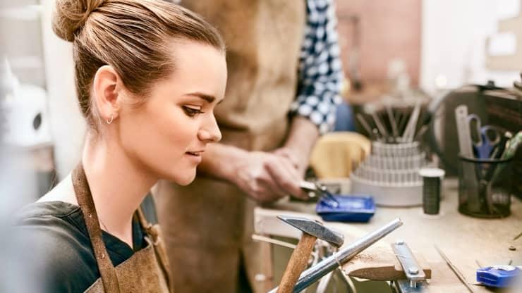 Stressful Jobs : jeweler
