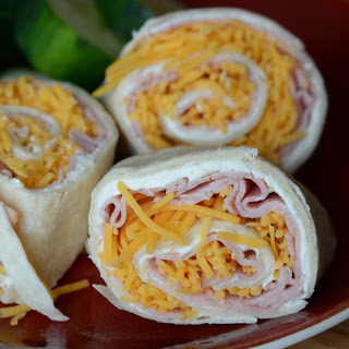 Ham and Cheese Picnic Pinwheels Recipe